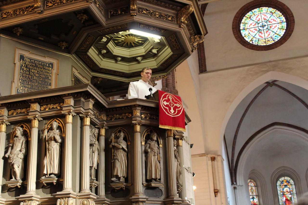 Reiņa Bikšes ordinācijas dievkalpojums Rīgas domā